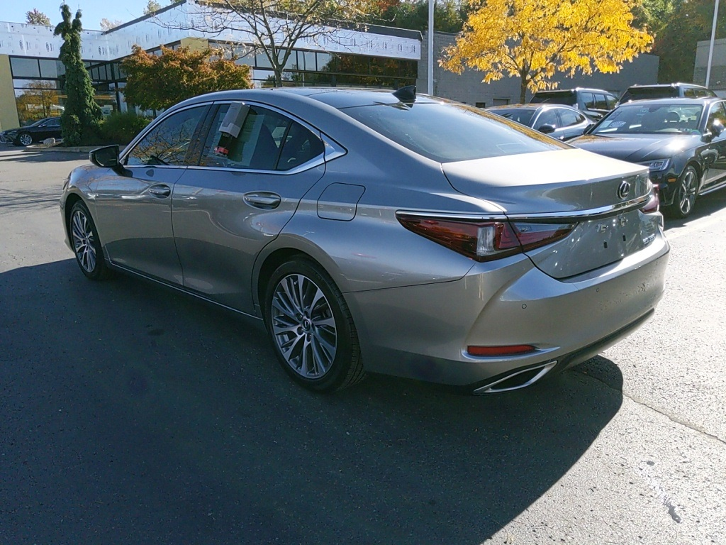 Certified Pre-Owned 2019 Lexus ES 350 Luxury